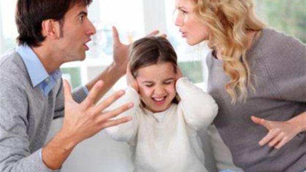 الخلافات الأسرية: الأسباب ونصائح للتغلب عليها
