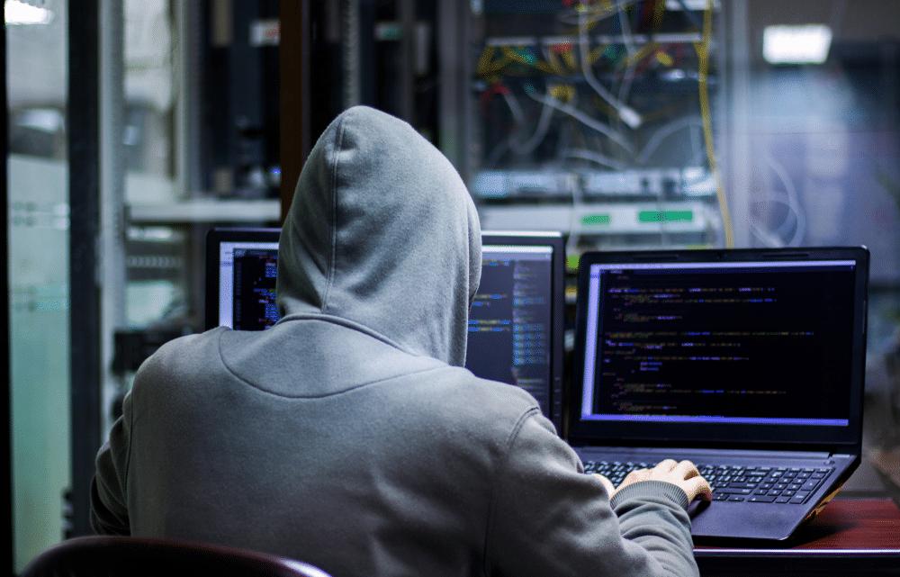 فيروسات الحاسوب: كيفية انتشارها وكيف يمكن التخلص منها
